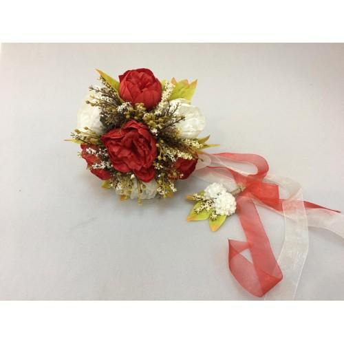 Kırmızı Beyaz Güllü Gelin Buketi ve Damat Yaka Çiçeği